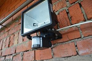 установка прожекторов